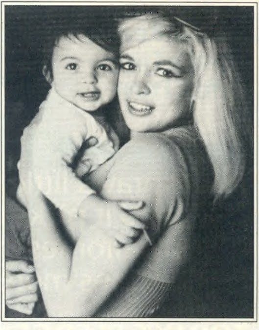 BABY MARISKA WITH HER MOTHER, JAYNE MANSFIELD
